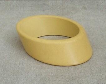 Vintage Custard Bakelite Diagonal Bangle Bracelet    SALE - was 38.00