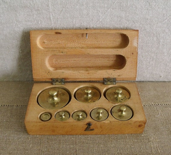 Vintage Brass Metric Scale Weights In Wood Box