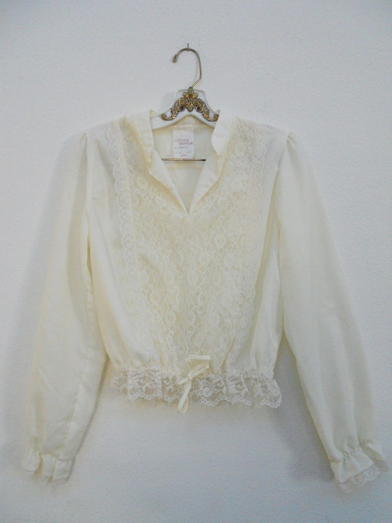 Victorian Revival Lace Blouse // Vintage Lace Blouse