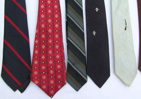 Men's Ties  Vintage Mixed Design Colores Fabric Collection  Lot of 14