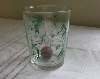 Anchor Hocking Glass Tumbler with Green Sportsman Design Retro Drinking Cup