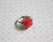 Flower Blossom Collection - Sweet Peach Rose - A Handmade Vintage Inspired Retro Cameo Flower Silver Tone Adjustable Cocktail Ring