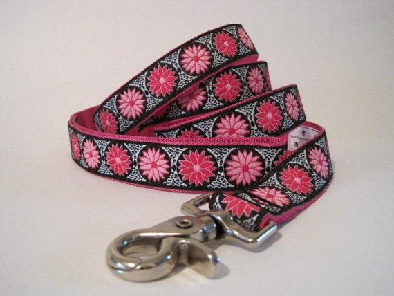 Hot Pink Daisy Jacquard Dog Leash, Dog Lead, Pink Daisies Jacquard Leash Lead