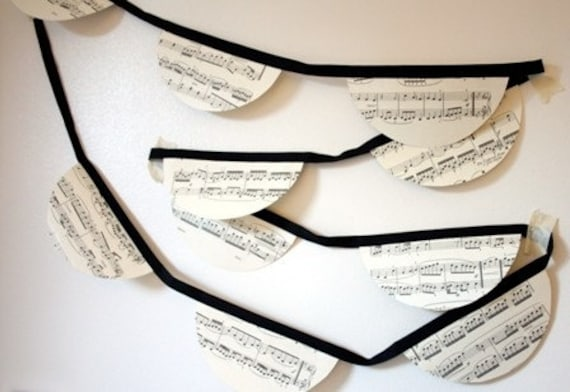 Bunting - Vintage music sheet  - Scalloped