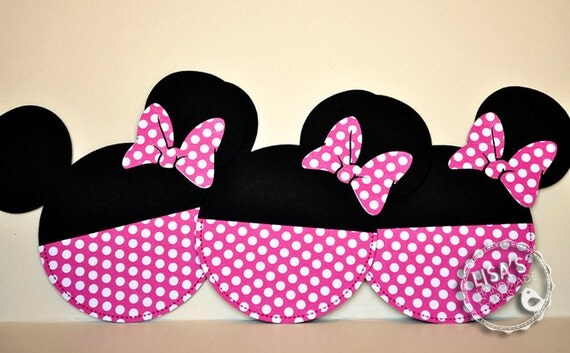 RESERVED for Ruth- Custom Hot Pink Minnie Mouse Birthday Invitations Handmade by Lisa