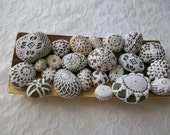 Crochet Covered Beach Stones ,Wedding,gift,summer no.77..home decor ,decoration ,heart,flower,gift idea ,spring,summer ,doily.