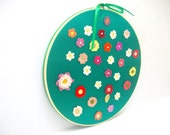 Embroidery Hoop Art-Handmade flowers in the circle,wedding gift,house decoration gift