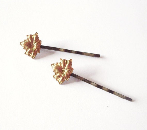 Gold Flower Bobby Pins Floral Hair Clips Bride Bridal Bridesmaid Garden Lover Rustic Woodland Wedding Accessories Womens Gift For Her Summer