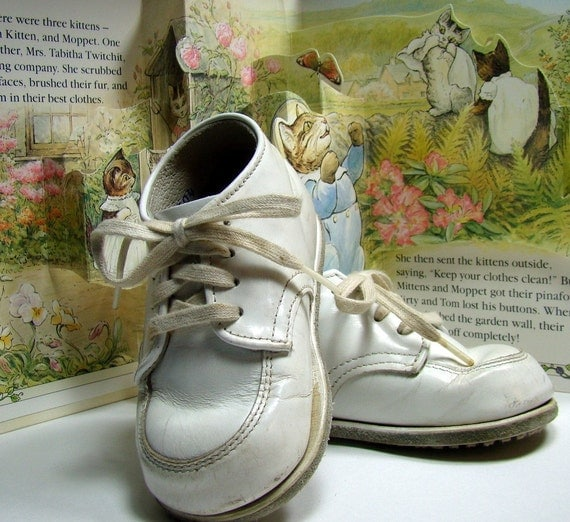 Shoes, Lace-up Leather StrideRite Shoes, Baby Boy's Size 4E, White