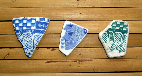 3 Reversible Sea Pottery Shards - House Temple Design - Blue & Green - Jewelry Supplies (794)