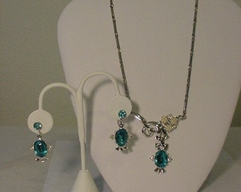 Vintage Sky Blue Rhinestone And Faux Pearl Necklace And Earring Set  L 69