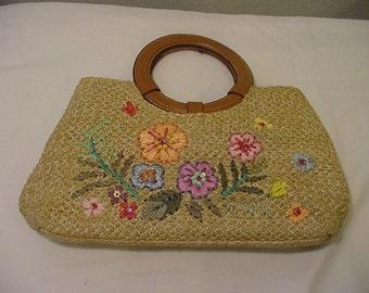 Vintage  Ladies Purse Flowers  And Sequins    Very Clean   # HAS 85