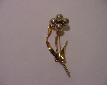 Vintage Coro faux Pear & Rhinestone  Flower Brooch   2011 - 1547