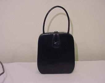 Vintage 1955 Era Black Leather Purse  # HAS  69
