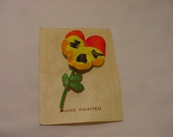 Vintage 1960's Hand Painted Large Pansy Flower Brooch On Original Card   2011 - 1786