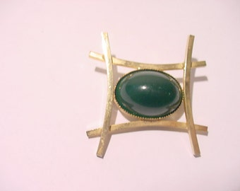 Vintage Asian Style Brooch   11 - 1518
