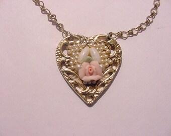 Vintage Heart Necklace   11 - 780
