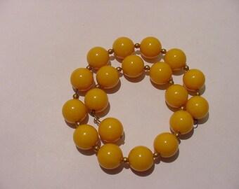 Vintage Yellow Glass Bead Wire Bracelet  11 - 2043