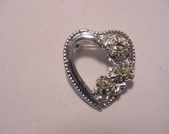 Vintage Rhinestone Heart Brooch  12 - 88