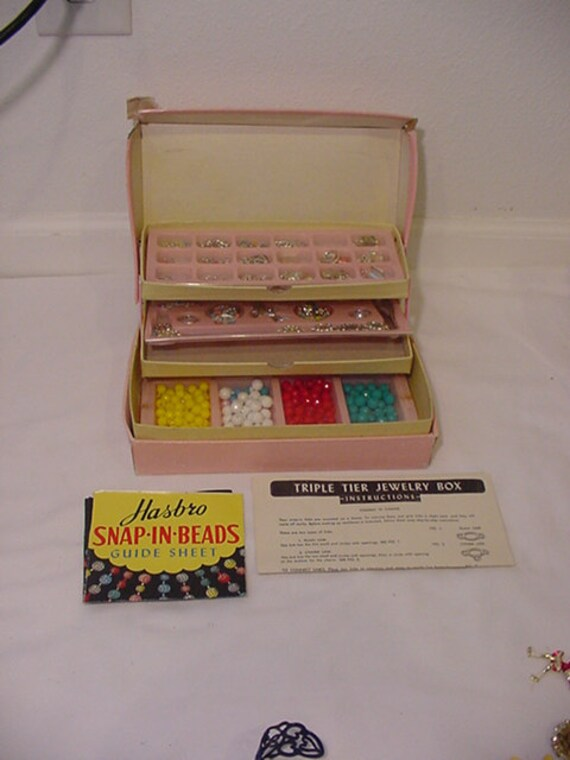Vintage Hasbro Triple Tier Jewelry Box With Original Jewelry Making Supplies   2011 - 999