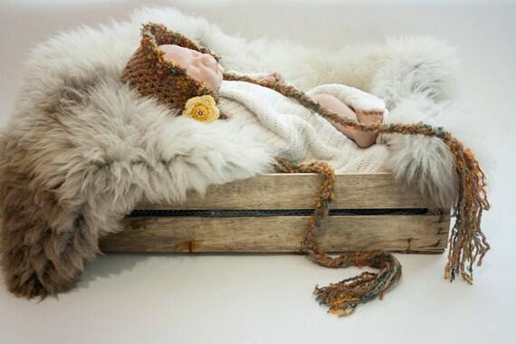 Rustic baby bonnet
