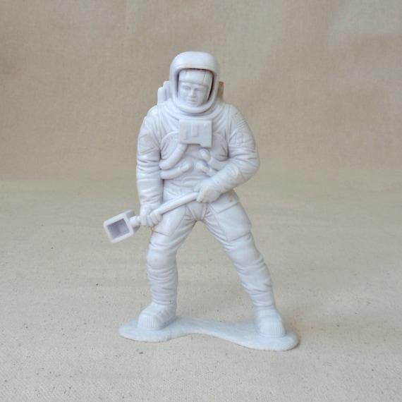 astronaut action figures of 1970 - photo #34