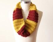 Harry Potter Cowl in Gryffindor - SALE
