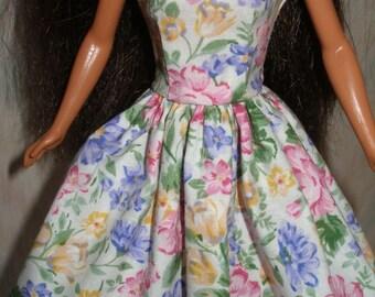 "Handmade Floral Print 11.5"" Fashion doll Dress"