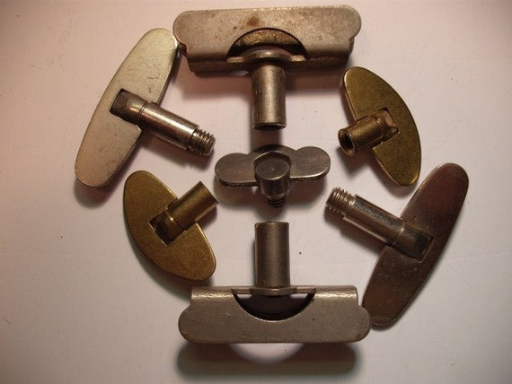 Vintage Large Clock Winding Keys - All Wound Up