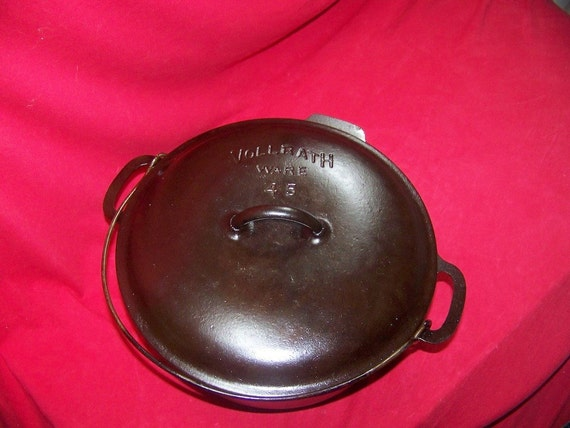 vollrath cast iron dating Vintage vollrath no 8 (unmarked) cast iron skillet with pour spouts 1930's- 1940's identifiable vollrath traits consistent with this time period are the number 8 located at 3 o clock on the bottom.