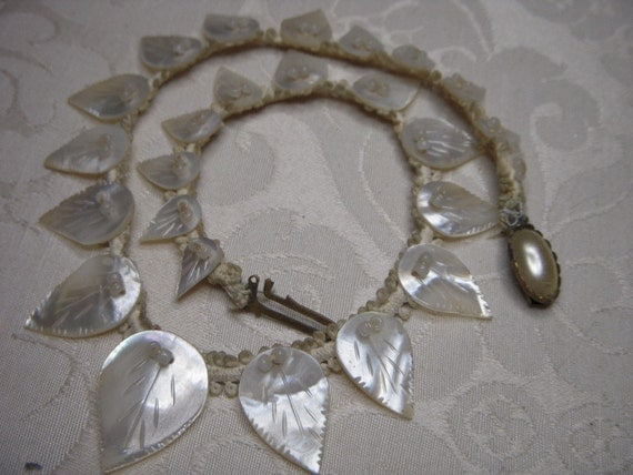 Antique Victorian Handcarved Mother of Pearl Necklace