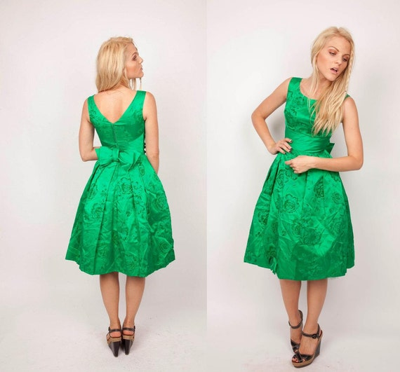 1950s Cocktail Dress / Kelly Green Dress  / Vintage 50s Dress / Emerald Dress / Holiday Dress / Christmas Dress / Mad Men Dress 0476