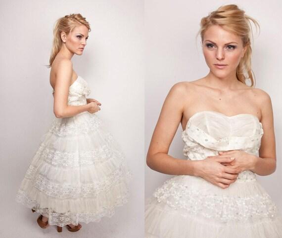 1950s Couture Wedding Dress / 50s Vintage White / White Silver Sparkle / Princess / Cocktail Party 0348