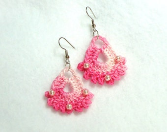IN THE PINK - crocheted earrings