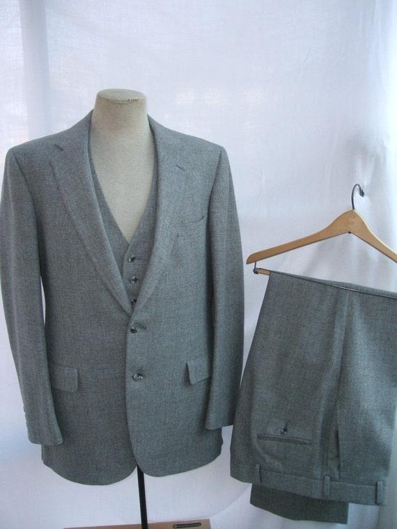 Vintage 1970s Suit 3 Piece Austin Reed Label Slim Mod Fit Blue Gray Tan Chest 42