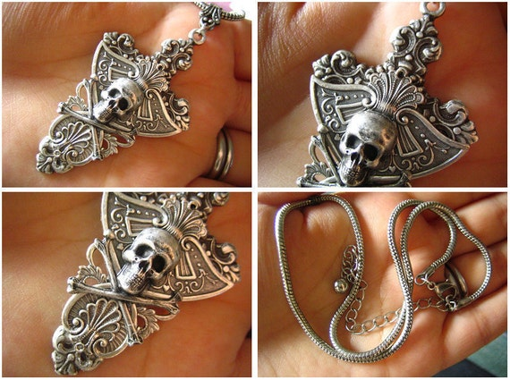 Antique Sterling silver plated sturdy brass shield skull macabre necklace. N323