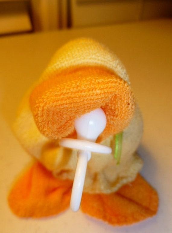 Baby Quackers  Yellow  Washcloth Ducks Hilariously Cute TM