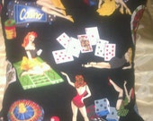 Kitsch Cushions Collection: Las Vegas Pin-Up Girls / Burlesque