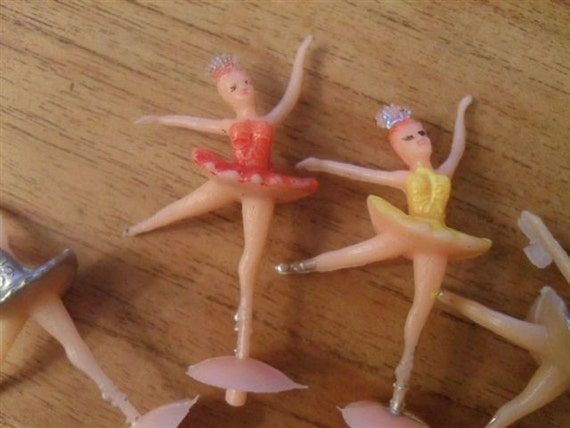Vintage cake decorations 9 ballerina cake by suburbanvintage for Ballerina cake decoration