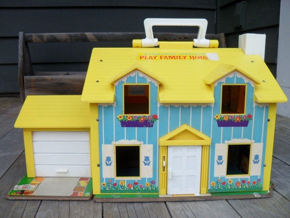 Vintage Fisher Price Play Family Doll House 1969