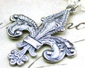 The Vintage Fleur-de-Lis Pendant - Solid Sterling Silver Necklace - Free Shipping