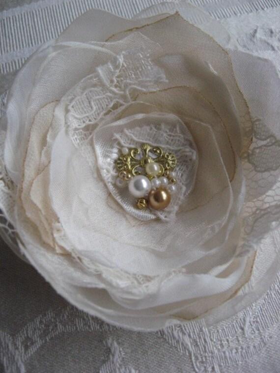 SALE Hair clip Ivory, beige Light,  Rose fascinator, lace, pearl, crystal, gold vintage weddings bridal fascinator hairpiece Rose Flower