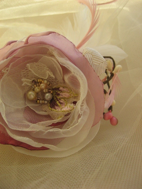 Romantic spring headpiece Pink lace fascinator - Hair clip mini Pink Ivory Aurora Flower Rose pearl berry feather