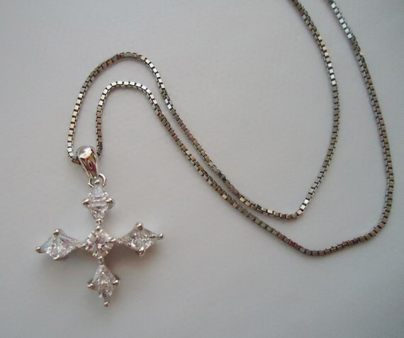 The Japanese Snowflake Star Necklace.80s