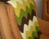 Vintage Zig Zag Crocheted Afghan Blanket Throw