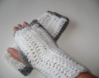 Fingerless Mittens - white with grey stripe
