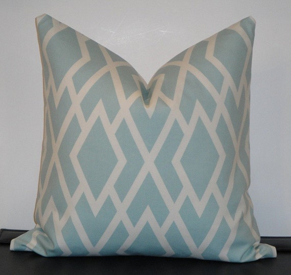 Decorative Pillow Cover 18 x 18 Inch - Designer Fabric - Accent Pillow - Throw Pillow - SEAMIST