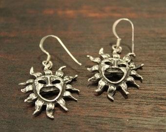 Vintage - Sterling Silver Happy Sun Dangling Earrings