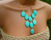 Turquoise Bib Necklace. Pastel Mint Aqua Jade Stone Bib Necklace on Gold. Spring Color.