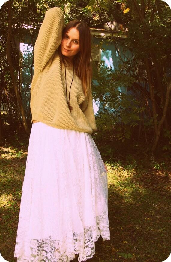 White Lace Asymmetrical Hem Skirt
